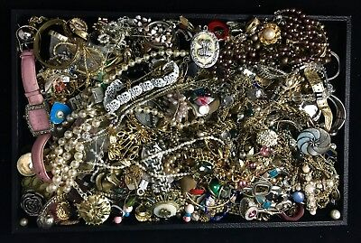 Large Lot of Vintage & Contemporary Costume Jewelry – Six Pounds Unsearched