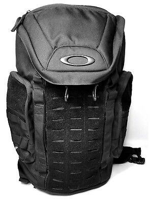 b10f1307358 Oakley Men s All Black Link Pack Miltac Backpack In Great Pre-Owned  Condition