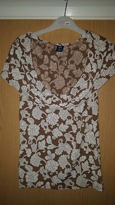 Gap Ladies Top  Size 10 S/P
