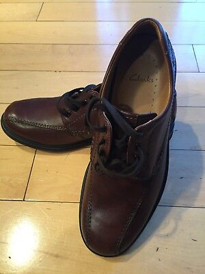 d68a5db599eb Clarks COLSON OVER Men s Casual Comfort Oxford Shoes Brown Leather 68037