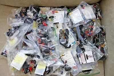 Huge Lot of 285+ Marvel / DC Heroclix figures