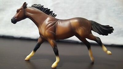 Breyer Stablemate G2 Thoroughbred from Single Horse Assortment