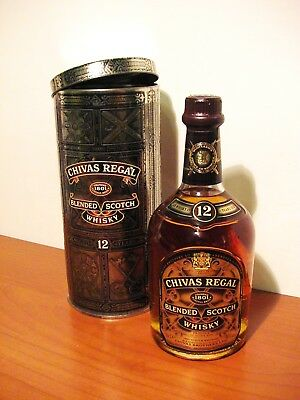 Chivas Regal Blended Scotch Whisky 12 anni in latta di ferro, vintage.