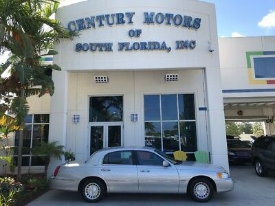 2001 Lincoln Town Car  Clean CarFax No Accidents Florida Car Low Miles Rust Free