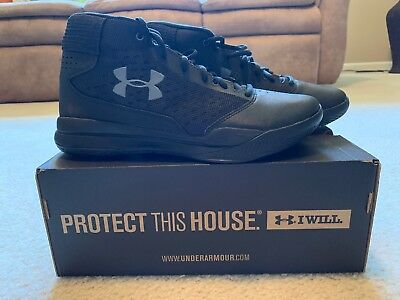 Under Armour Mens Jet 2017 Basketball Shoe , Sz 9, Black with Gray Logo