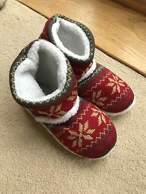 Ladies/Girls Bootie Slippers, Size 2-4, Nordic/ Fair Isle Pattern, Brand New