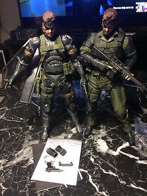 Play Arts Kai Metal Gear Solid Peace Walker Snake SNEAKING SUIT AND JUNGLE