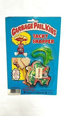 Vintage New 1985 Garbage Pail Kids Tacky Snapper Toy #1: Slimy Sam Cards Figure