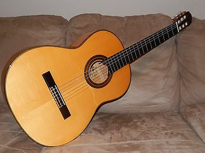 Wonderful Aria A100F Hand Made Powerful & Very Spanish Flamenco Concert Guitar
