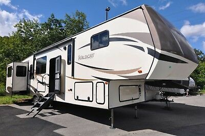2018 Forest River Wildcat 35WB 5th wheel (NO RESERVE)