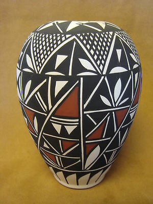Native American Acoma Vase Hand Painted by Lee Concho PT0164