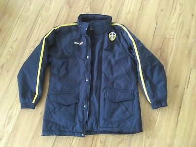 Junior Leeds United Padded Stadium Jacket /Winter Coat Football (Large Junior)