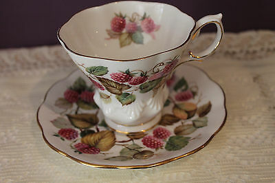 Royal Albert 'random Harvest Series' Teacup And Saucer  - Dorset