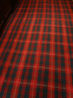 """Vintage 60"""" X 102"""" red and green plaid Christmas table cloth w/ Gold - Taiwan"""