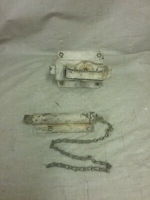Vintage Barn/Milk House Spring Load Latch w/Pull Chain and Latch Handle Set
