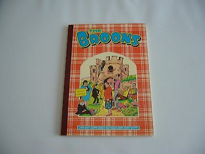 The Broons Annual by D.C Thomson & co Ltd 19