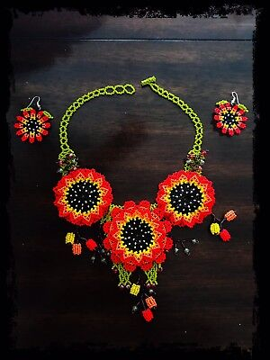 Huichol Mexican Hand Made Jewelry Beaded Folk Art  Flower Necklace