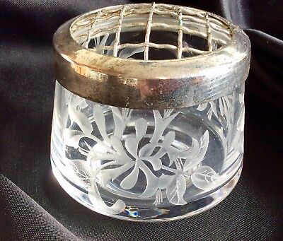Vintage Silver Plated Etched Glass Small Posy Bowl / Pot Flower Display Lovely