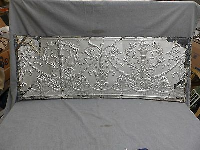 1 Salvaged Antique Tin Ceiling Ornate Pattern Old Vtg Torch Trim Edge 627-18E
