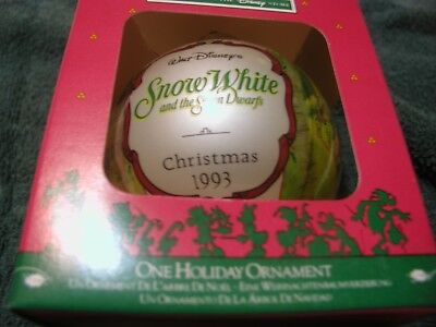 Disney Store 1993 Snow White and Seven Dwarfs Glass Christmas Ornament  in Box