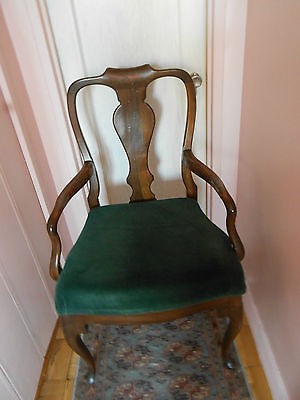 2 vtge Queen Anne style hand carved solid walnut dining arm chairs,made in Italy