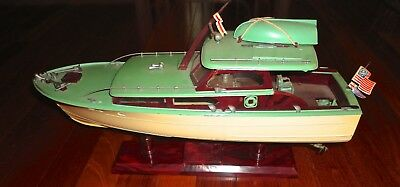 1960's IDEAL Motorized ITC Model Craft Toy Boat Of 42'  Wheeler Express Cruiser