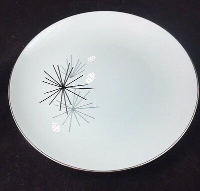 "Mid Century Franciscan Gladding / McBean SILVER PINE 8 1/4"""" Salad Plate"