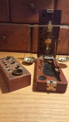 Portable gold Weighing Scale in wooden case and weights