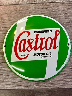 """CASTROL MOTOR OIL AND GASOLINE PORCELAIN 6"""" GAS Pump / Lubester Sign. BUTTON"""