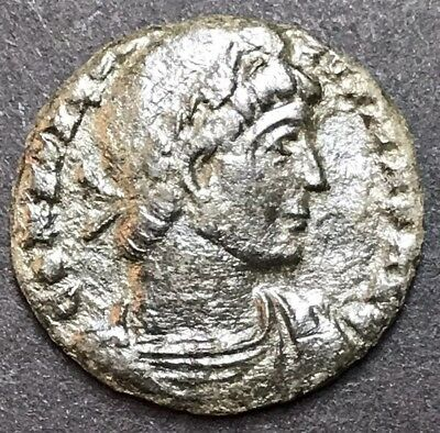 Scarce Portrait. Constantine I (The Great). AE3. Ancient Roman Imperial Coin.