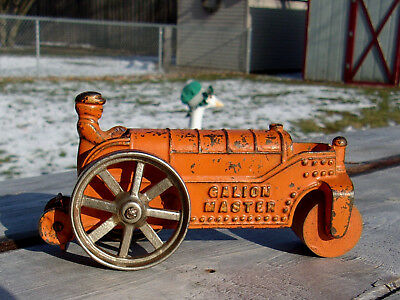 Vintage Kenton Cast Iron Toy Galion Master Roller Tractor Antique