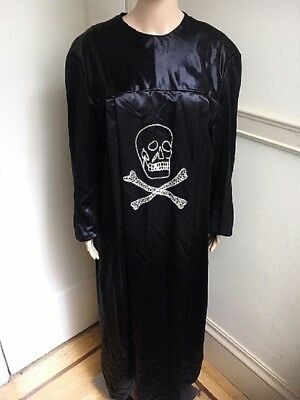 Vintage ODD FELLOWS IOOF Skull Crossbones Ceremonial Robe Costume Scene Bearer L