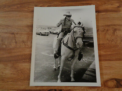 VINTAGE THE LONE RANGER Photo Clayton Moore Riding Silver 8 x 10 ,