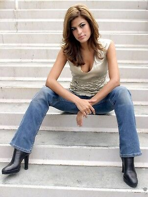 "Eva Mendes in a 8"" x 10"" Glossy Photo 0wr"