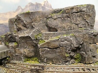 N Gauge Track Side Scenery Two Individual Rock Terrain Pieces....(Rs2)
