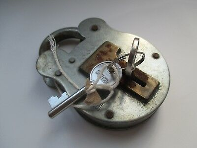 Vintage Squire 660 Large Old English Padlock Four Levers with 2 Keys