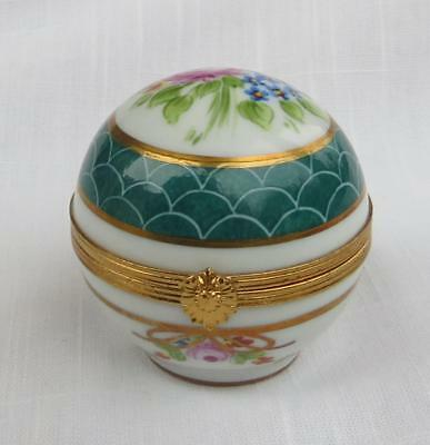 Limoges Artoria Hinged Trinket Box Hand Painted Flowers