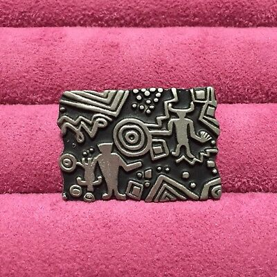 Urban Fetishes Alice Seely Pewter  Vintage Brooch Pin