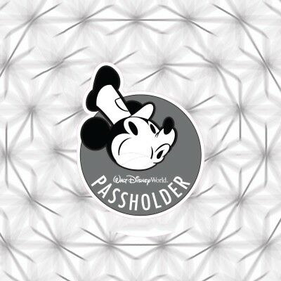 DISNEY Window Sticker Steamboat Willie Mickey 2018 Like Passholder Magnet