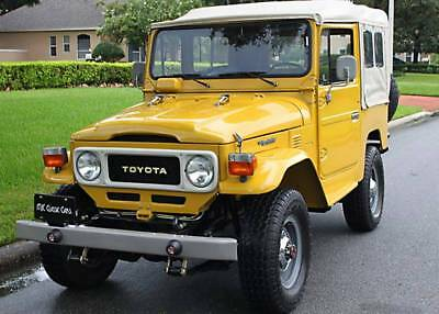1982 Toyota Land Cruiser FJ40 COLOMBIA IMPORT - 34K MILES LOWER RESERVE-  COLOMBIA IMPORT 4X4 - 1982 Toyota Landcruiser FJ40 - 34K MI