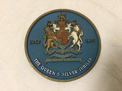 The Queen's Silver Jubilee 1952-1977 Plastic Wall Plaque