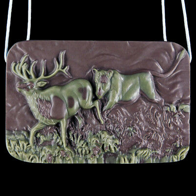 Carved Lion Chasing Buck Bead C EE503022
