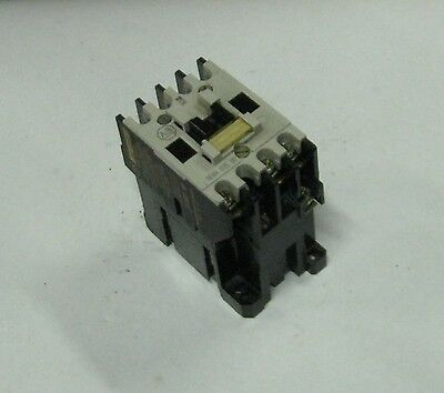 Allen Bradley AC Lighting Contactor, 500L-TOD93, Series B, Used, Warranty