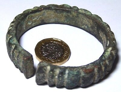 Late Bronze Age Bronze Bracelet Decorative Open Ended Arm Ring Torc Luristan