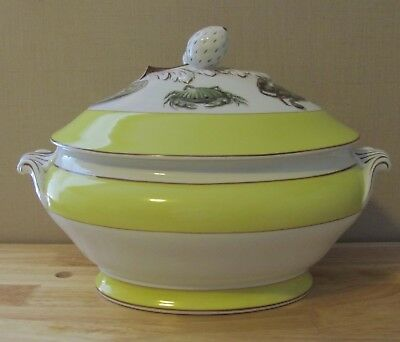 Mottahedeh Fruits of the Sea Soup Tureen and Lid Portugal