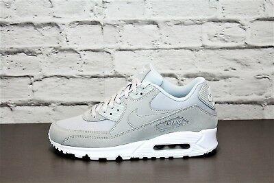 more photos 7c0d7 3856c Nike Air Max 90 Essentielles AJ1285002 Chaussures de Sport Baskets Homme