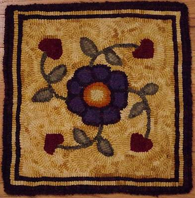 Primitive rug hooking kit, hooked, hearts and flower, linen, wool