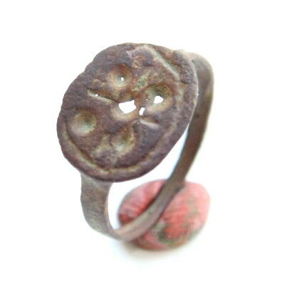Ancient Post Medieval Ornament Bronze Ring (MAR01)