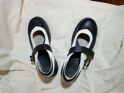 DOC MARTENS VINTAGE white and black Mary Jane leather womens