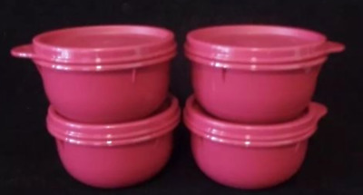 Tupperware Ideal Bowls Set of 4 Vineyard Purple Red Color Each Holds 1 Cup New